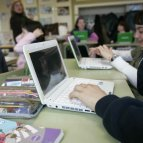 escuela con wifi