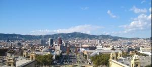 Recinto ferial al fondo del Barcelona World Mobile Congress 2014