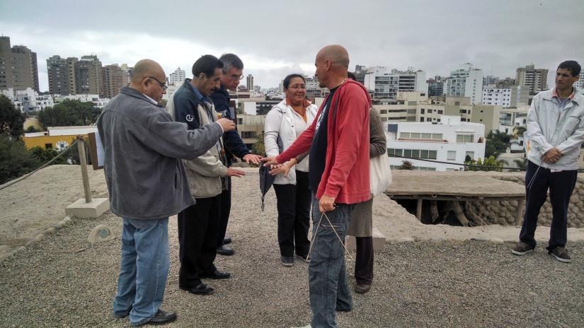 Prácticas de como captamos las fuertes radiaciones emitidas en el subsuelo, Huallamarca