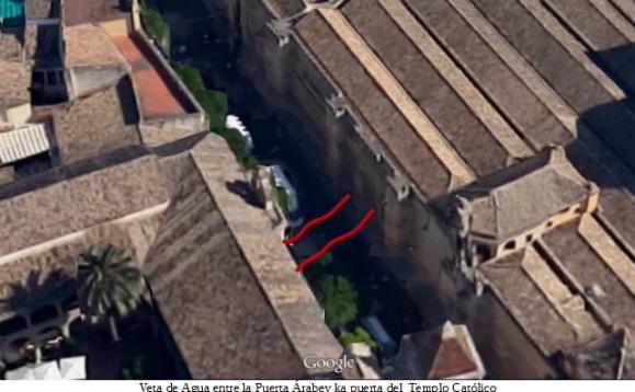 Veta de agua entre la mezquita y el templo cristiano