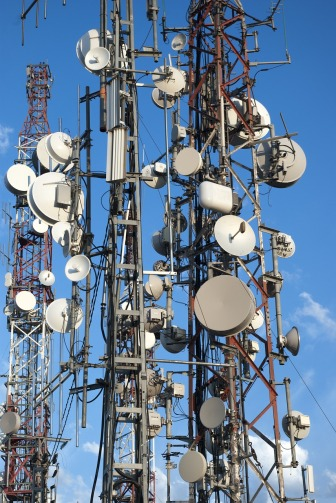 Antenas de telefonía y telecomunicaciones por Joan Carles López