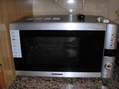Las radiaciones del microondas por Joan Carles López