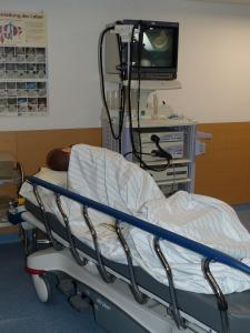 Cama de hospital todo un dilema de estancia  por Joan Cares López