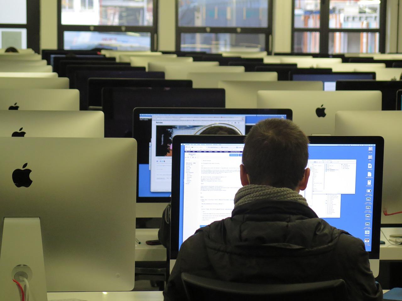 Apagando el wifi de las escuelas