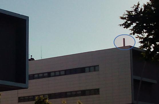 antena-camuflada-de-telefonia-movil-en-hospital-de-reus
