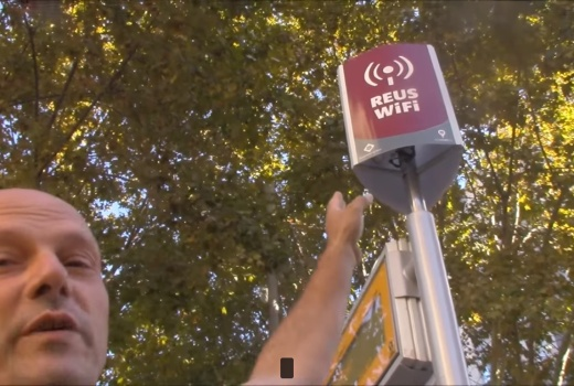 Denuncia de la emisión de radiaciones del wifi público en Reus por Joan Carles López
