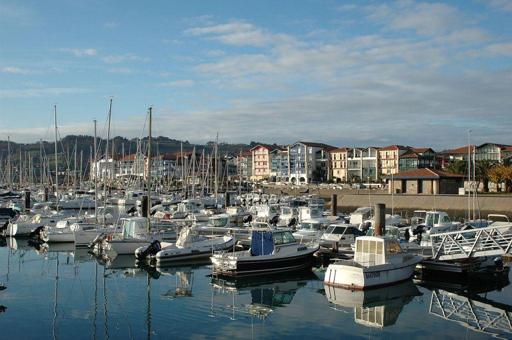 Hendaya, vista del puerto